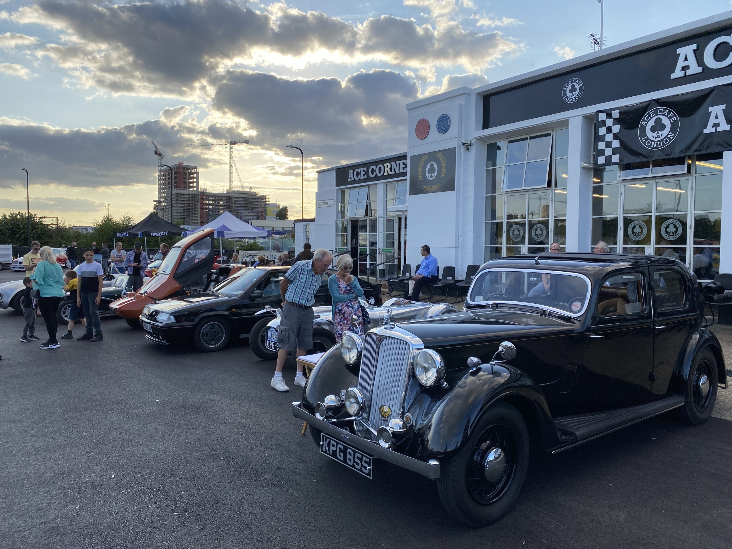 Classic Car Concours at the Ace Cafe 24Aug21